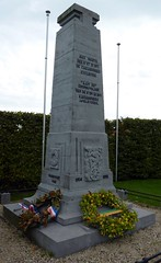 Carabiniers Cyclistes 1914 - 1918 (radio53) Tags: belgium wwi vlaanderen western front bicycle cycling cyclist monument memorial yser