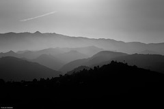 Gran Canaria in b&w. (Carlos Arriero) Tags: grancanaria españa spain blackandwhite blancoynegro bw landscape paisaje contraste contrast composición composition carlosarriero nikon d800e tamron 2470f28 degradado nature naturaleza noiretblanc europa europe