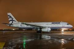 Aegean Airlines SX-DVH HAJ at Night (U. Heinze) Tags: aircraft airlines airways eddv haj hannoverlangenhagenairporthaj planespotting plane flugzeug nikon night