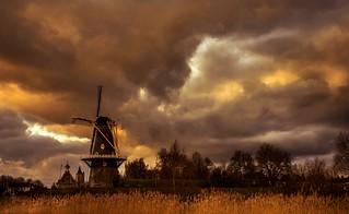 Dutch evening in the winter