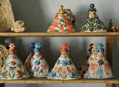 Pottery Virgen de la Soledad Atzompa Oaxaca Mexico (Ilhuicamina) Tags: oaxaca mexican ceramics pottery virgendesoledad atzompa clay crafts artesanias folkart