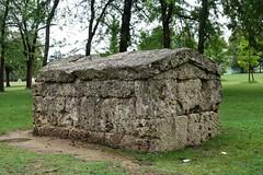 Old bones (Bosc d'Anjou) Tags: tomb etruscan italy bologna archeology necropolis giardinimargherita margheritagardens antoniozannini