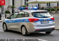 D170 - Kia Cee'd SW II – WRD KMP Lublin (Pawel Bednarczyk) Tags: policja police polizei politi policijos policecar radiowóz d170 hpd hpdb170 kia ceed sw ii elektra ges wrd drogówka wydział ruchu drogowego kmp lublin lubelskie lubelszczyzna warszawa stolica mazowsze