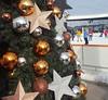 Joy of the season (sandaodiatiu) Tags: iceskating chrismasdecoration