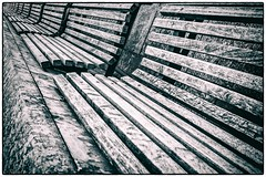 Benches II Museumsquartier (TheOtherPerspective78) Tags: bench bank sitzbank seats seat wooden wood weathered urban street empty deserted vienna museumsquartier winter monochrome black white minimalistic abstract lines canon theotherperspective78 eosm benches
