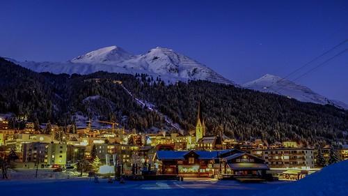 Davos Bolgen Plaza