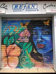 portrait (curly_em) Tags: shutters shutter shop canaryislands loscristianos tenerife parfumerie