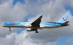 G-BYAW Boeing 757-204 TUI Airways (R.K.C. Photography) Tags: gbyaw boeing 757204 b757 tui thomsonairways by tom aircraft airliners aviation british londongatwickairport lgw egkk england unitedkingdom uk canoneos100d