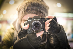 Selfme (CoolMcFlash) Tags: person man cold selfportrait portrait mirror camera selfie fujifilm xt2 mann kalt winter selbstportrait spiegel kamera fotografie photography hide verstecken xf 35mm f14 r head kopf