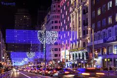 Gran Vía madrileña (CJVaquero) Tags: navidad christmas granvía madrid madrileña luces iluminado nikon d750