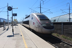 824 (matty10120) Tags: south france marseille tgv310248 class railway train transprot avignon tgv gare du