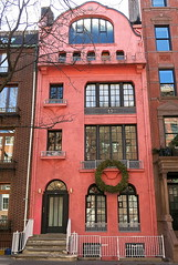 Federal residence (1826) transformed into colorful artists' studios (1920), 114 Waverly Place, Greenwich Village, New York (Spencer Means) Tags: dwwg balcony balcón balkon