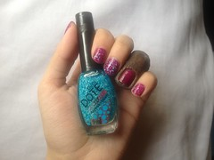 Xangai (Ludurana) + Algodão Doce (Dote) (Daniela nailwear) Tags: xangai ludurana magenta rosa cremoso algodãodoce dote circo glitter azul esmaltes mãofeita troquinha