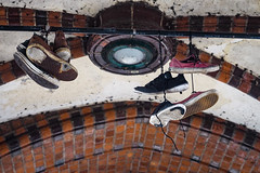 Shoefiti (Lens Daemmi) Tags: berlin friedrichshain oberbaumbrücke shoefiti schuhe shoes