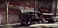 VW Beetle Downtown (gpholtz) Tags: diorama miniatures 118 diecast vw beetle 1950