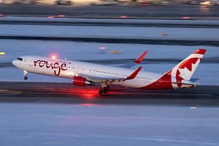 Air Canada Rouge Boeing 767-300ER C-FIYA