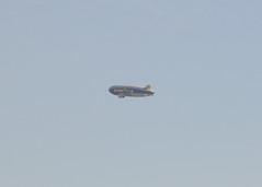 DSC_1077_GoodyearBlimp_LA_281217 (robert_stewart37) Tags: goodyear blimp losangeles airship n2a wingfoottwo