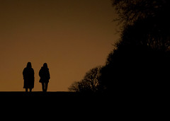 Night Silhouettes (CoolMcFlash) Tags: night people silhouette dark mood atmosphere shadow sky nacht personen kontur dunkel spooky unheimlich horror fear angst schatten himmel outside fotografie photography canon eos 60d lowlight