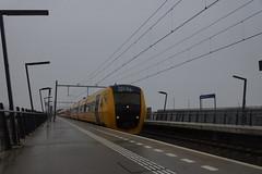 NS Reizigers DM 90 4 Buffels 3437 + 3444 + 3446 + 3448 door station Nijmegen - Lent opweg naar Nijmegen 10-12-2017 (marcelwijers) Tags: ns reizigers dm 90 4 buffels 3437 3444 3446 3448 door station nijmegen lent opweg naar 10122017 nederlandse spoorwegen