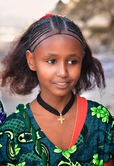 Ashenda Girl (Rod Waddington) Tags: africa african afrique afrika äthiopien mekele ashenda girl festival traditional culture cultural child outdoor group portrait people streetphotography street