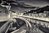 Ría de Bilbao #InspiracionBdF40 (Julián Iglesias) Tags: bilbao noche ría farolas cielo paisajenocturno museoguggenheim blancoynegro night river lampposts sky nightlandscape guggenheimmuseum blackandwhite