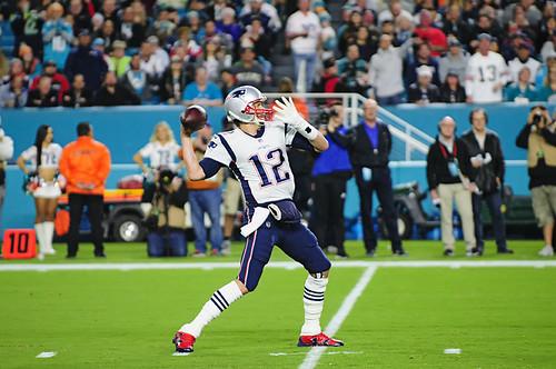 Tom-Brady-Deep-Pass