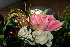 2ter Weihnachtstag 2017 (dl1ydn) Tags: blumenstraus dl1ydn altglas blüten blossoms indoor flash 1955mm manuell mf autodquinon steinheil
