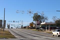 Over the road Christmas decorations, US82 Sylvester 2 (MJRGoblin) Tags: sylvester 2017 georgia worthcounty georgiastateroute520 usroute82 christmas2017