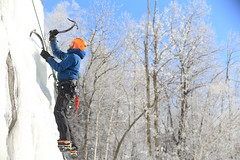 10@charles-david_robitaille (Tourisme Saguenay-Lac-Saint-Jean) Tags: escalade glace