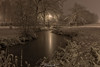 2H4A1082 (.FB.com/WildeBoerPhotography) Tags: leek groningen nederland nl nienoord kasteel castle borg landgoed landscape canonef2470f28 canonef1740mmf40 ccopyright2017wildeboerphotography wwwwildeboerphoto wwwfacebookcomwildeboerphotography wwwinstagramcomdeboerit river tree wood sky water monochrome color snow winter