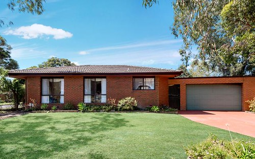 1 Sirius Ct, Mill Park VIC 3082