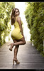 Xiomara - 1/5 (Pogdorica) Tags: modelo sesion retrato posado chica rubia sexy xiomara amarillo