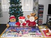 We dun a Krissmuss pussle! (pefkosmad) Tags: tedricstudmuffin ted teddy bear gingernutt ginger nobbynomates nobby christmas jigsaw puzzle hobby leisure pastime santaiscomingtothecotswolds 300pieces complete used secondhand tradition christmasjumpers headgear christmaseve
