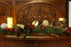 Eustis Estate, Milton MA (Boston Runner) Tags: eustis estate mansion 1878 milton massachusetts 2017 historic preserved restored holiday christmas decorations library fireplace mantle