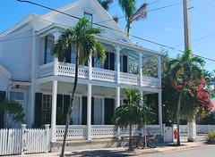 Key West (Florida) Trip 2017 0029Ri (edgarandron - Busy!) Tags: florida keys floridakeys keywest house houses buildings