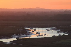 Boats on the Axe (OutdoorMonkey) Tags: dawn morning sunrise riveraxe river water boat yacht boats yachts glastonburytor somerset