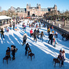 Iceskating near Rijksmuseum (PaulHoo) Tags: nikon d750 candid people streetphotography amsterdam city urban citylife 2018 museumplein iceskating rijksmuseum building architecture cityscape