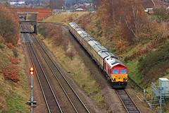 I need a good sprig of seasonal holly, (delticfan) Tags: thepowerhouse 1z59 whiskerhill retford ukrailtours 59201 class59 railtour