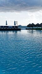 2017-12-04_09-39-27_ILCE-6500_DSC08531_DxO (miguel.discart) Tags: 2017 36mm createdbydxo divers dxo e18200mmf3563oss editedphoto focallength36mm focallengthin35mmformat36mm holiday hotel hotels ilce6500 iso100 meteo mexico mexique oceanrivieraparadise piscine playadelcarmen pool quintanaroo sony sonyilce6500 sonyilce6500e18200mmf3563oss travel vacances voyage weather yucatan