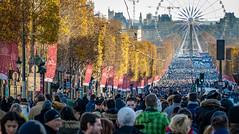 Last show (Jean-Luc Peluchon) Tags: paris city town ville capitale capitalcity rue street avenue foule crowd funérailles funeral fz1000 lumix ferriswheel granderoue manisfestation event populaire popular hallyday johnny