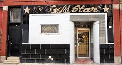 Gold Star Bar (Brule Laker) Tags: chicago illinois wickerpark nearnorthwestside divisionstreet