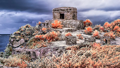 Tulum Temple [eXpLoRed-12-22-2017] (yeahbouyee) Tags: tulum mexico infrared 590nm faux colors mayan ruins