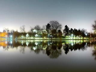 Noaptea în parc