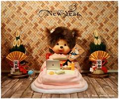 Happy New Year! (Heike Andrea Grote ♥️) Tags: heikeandreagrote blythe ネオブライス 人形 カスタムブライス blythedoll blythestagram blythephotgraphy monchhichi monchhichidoll モンチッチ monchhichicute monchhichilover monchhichicollection cute kawaii カワイイ かわいい シルバニアファミリー charliebrown merrychristmas メリークリスマス christmas christmastree クリスマスツリー happynewyear あけましておめでとうございます christmascake クリスマスケーキ