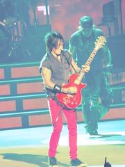 Guns N Roses live in Vegas (the_gonz) Tags: gunsnroses guns roses lasvegas rockconcert livemusic rock concert gig gunsnrosesnotinthislifetime notinthislifetimetour cool sexy music band legends