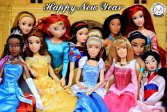 Happy New Year! Cheers to 2018! (PrinceMatiyo) Tags: aladdin jasmine pocahontas thelittlemermaid sleepingbeauty pixar brave tangled princessandthefrog beautyandthebeast belle snowwhite disneyprincessnewyear rapunzel mulan doll briarrose aurora cinderella tiana ariel merida disneyprincesses disneystore disney