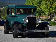 1930 Chevrolet 4-door sedan (Custom_Cab) Tags: 1930 chevrolet chevy 4door 4 door sedan green car town street hot rod custom