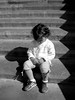 (aochlesia13) Tags: enfant marseille contraste marches escaliers nb blackwhite girl children