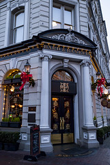 2017-12-15_17-22-07 Bard and Banker (canavart) Tags: decoration governmentstreet victoria bc canada britishcolumbia vancouverisland bardandbanker pub evening christmas