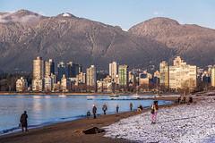 Sand & Snow 🐚❄ Vancouver, BC (Michael Thornquist) Tags: kitsilano kitsbeach beach englishbay snow grousemountain mountain cityscape vancouver downtownvancouver 604now photos604 explorebc explorecanada canoncanada ilovebc britishcolumbia pacificnorthwest pnw canada 500px